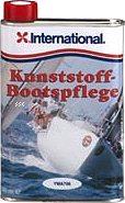 International Kunststoff-Bootspflege